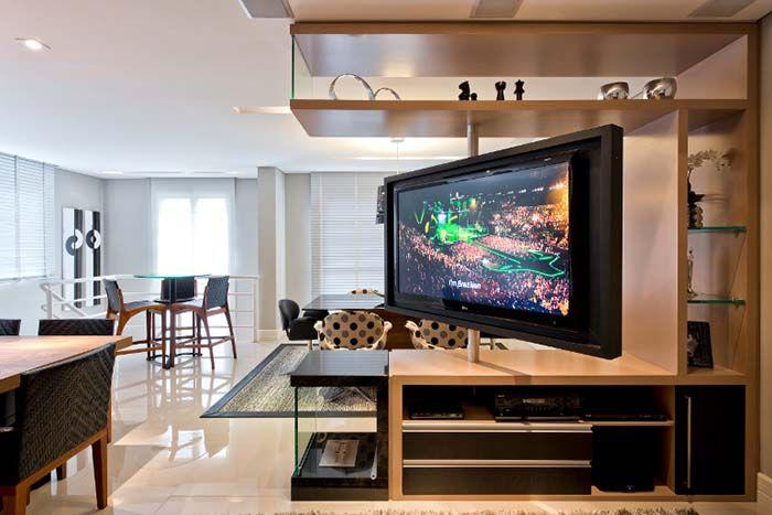Saiba os truques e segredos para ter um ambiente integrado com uma tv para dois ambientes e aprenda como usar e deixe sua casa mais bonita. Vem ver!