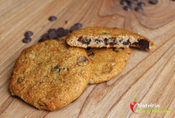 HEALTHY EASY TO BAKE PALEO CHOCOLATE CHIP COOKIE CAKES