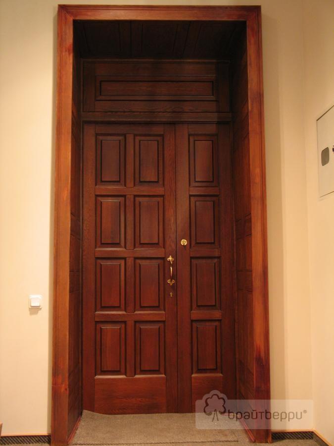 Входные двери из массива в офис