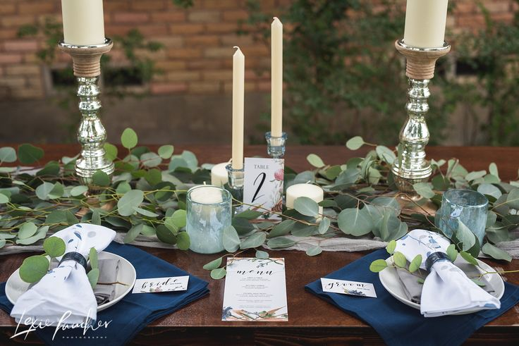 hands of hollis. invitation. menu. place cards. paper goods. greenery. romantic. bridal session. bride. dallas. fort worth. wedding photographer. traveling photographer. Lexie Faucher photo.