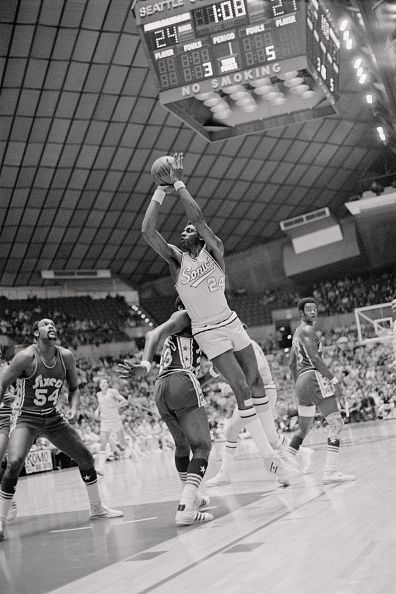 Seattle Sonics' Spencer Haywood takes a jump shot during game against the Philadelphia 76ers