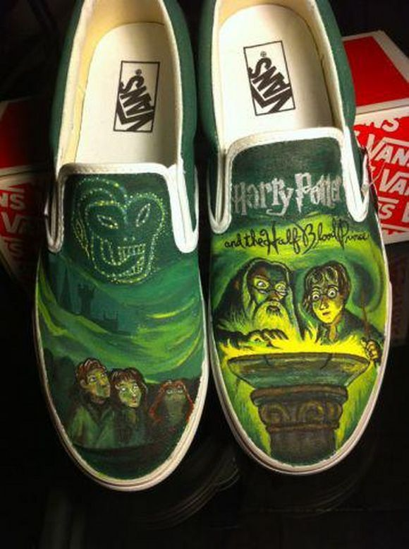 Harry Potter vans. FOR HARRY POTTER FANS. This is wonderful.