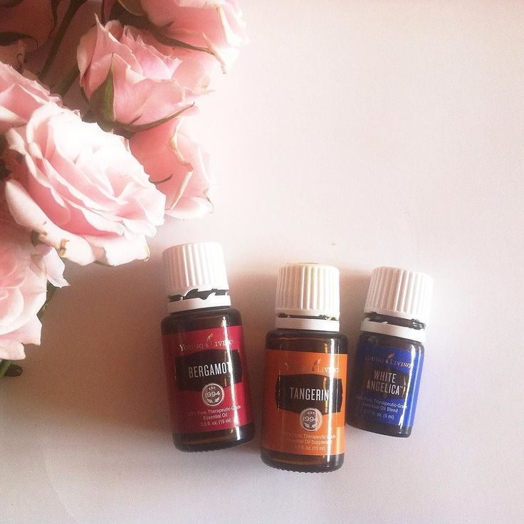 3 drops of Bergamot 3 drops of Tangerine and 4 drops of White Angelica in the diffuser this afternoon all the happy feelings here