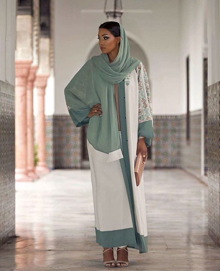 See this Instagram photo by @hijab_fashioninspiration • 1,236 likes