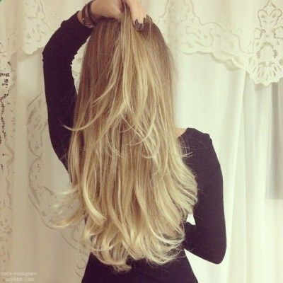 Long blonde hair!! Need to get a weave dome ASAP!