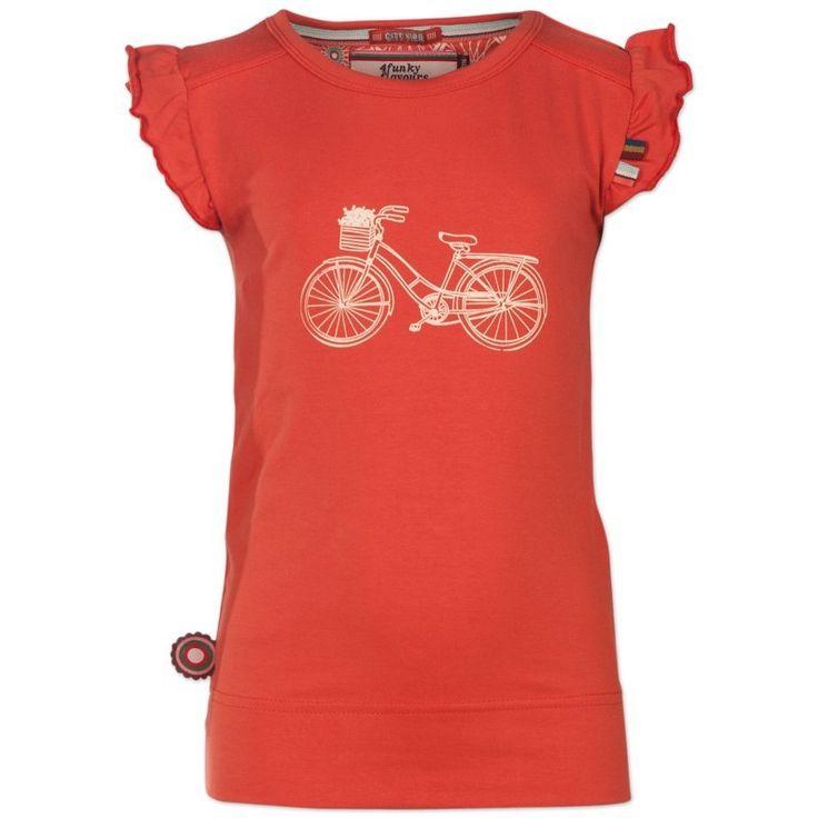 Oranje meisjes tshirt Cycle van het kinderkledingmerk 4funkyflavours.  Deze tshirt uit de reeks City Vibes heeft korte gefronste mouwen. De shirt heeft een geel kleurige print van een retro fiets.