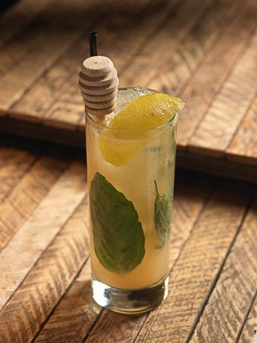 Non-alcoholic cocktail // Beehave // honey, basil, fresh lemon + grapefruit juice, soda
