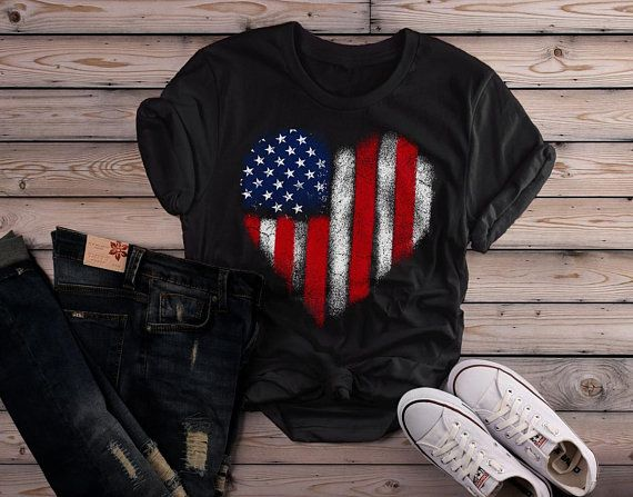 Women/'s American Flag distressed 4th of July T-shirt USA Pride V-Neck T-Shirt