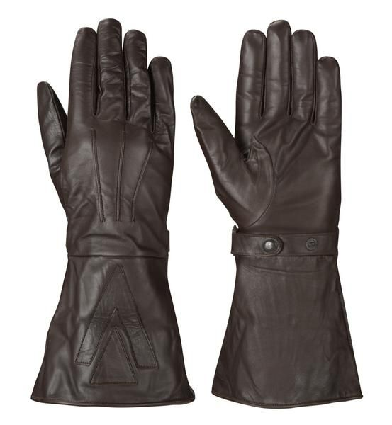 Find the high quality of brown gauntlet glove with traditional style at speedwear.eu. browse our website and see All our gloves are made from the finest leather.
