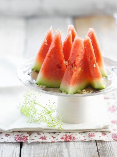 Dronken watermeloen http://njam.tv/recepten/dronken-watermeloen