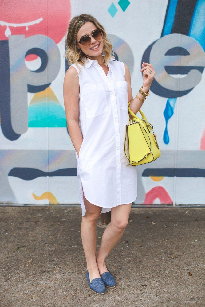 Around Town with @aerosoles + a fun nautical chic look to wear when your on the go | Uptown with Elly Brown