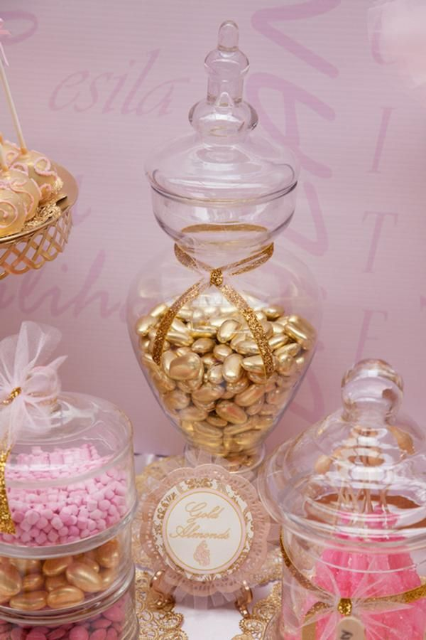 Gold and tulle jar 200 best Candy