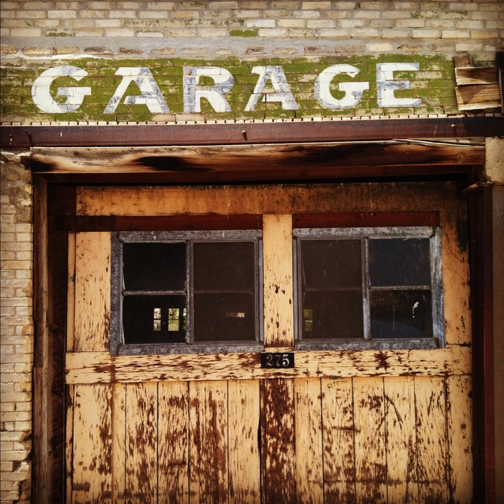 Vintage Garage Ideas: 36 Best Images About Vintage Garage Doors On Pinterest