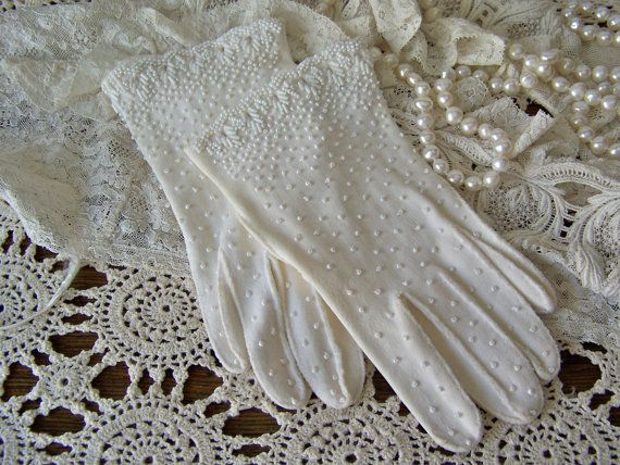 Antique Beaded Gloves Winter White Ladies Gloves by cynthiasattic, $29.00