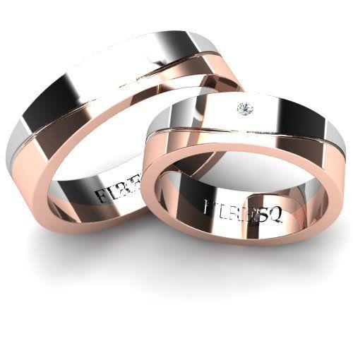 Set verighete aur alb in combinatie cu aur roz, profil Plat (interior si exterior) -- veriga impartita in doua sectiuni neregulate de-a lungul circumferintei, una alba si una roz, separate de o canelura fina serpuita. Diamantul pe verigheta doamnei montat usor lateral pe veriga, intr-una din portiunile mai late de aur alb. • Detalii magice • Design exceptional • Aur 18Kt de cea mai inalta calitate garnisit cu briliante