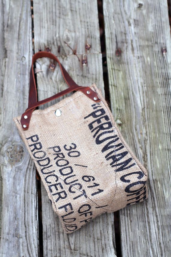 Recycled Burlap Thermally Insulated Lunch Bag by crookedoakdesign