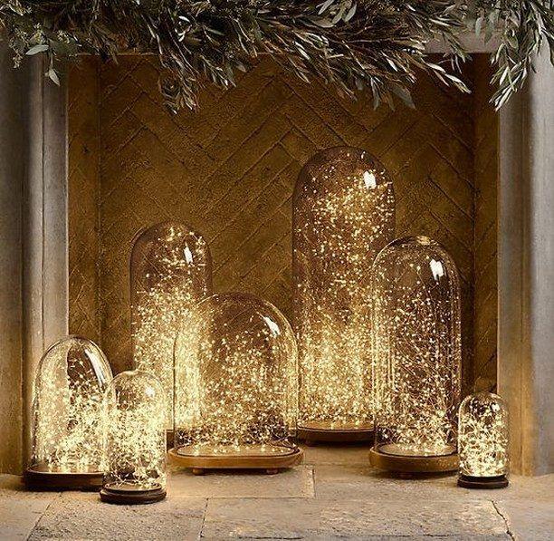 Совсем не обязательно ждать Нового года, чтобы украсить свой дом теплыми огоньками. Их можно оставить хоть на всю зиму, от этого интерьер только выиграет!