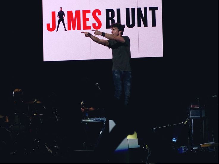 James Blunt & band on the last concert of the North American Divide Tour, opening for Ed Sheeran   Nashville, TN 07.10.2017