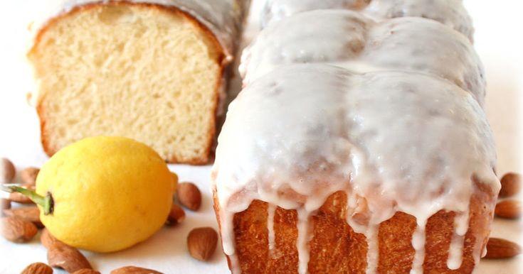 E' un lievitato da colazione soffice e molto profumato, non facilissimo da gestire a causa della presenza di pasta di limone. L'acidità acc...