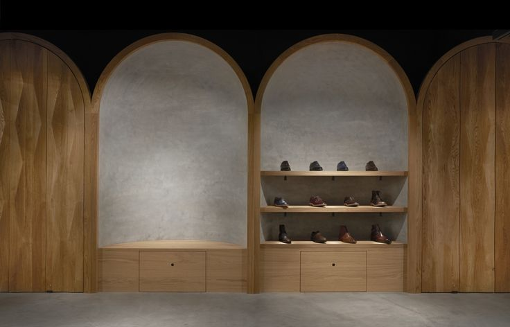 Completed in 2016 in Oslo, Norway. Images by Lasse Fløde. For the high-end shoemaker Faust, Snøhetta has created a complete visual identity and the brand's very first signature store. With a truly...