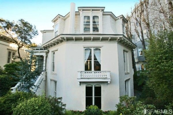 Octagon house in San Francisco - see more at: http://www.house-crazy.com/the-feusier-octagon-house-in-san-francisco/