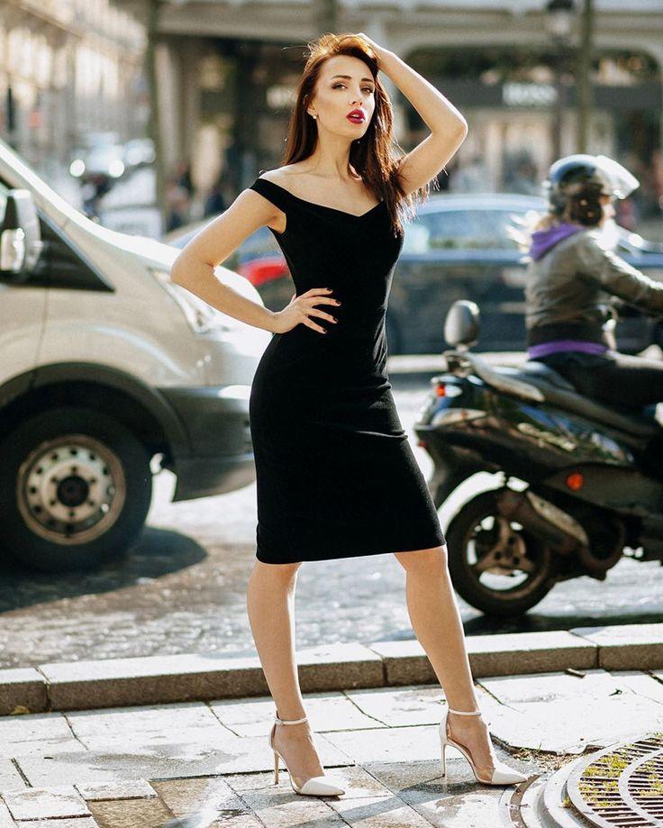 Красотка @coco_ksu собирала восхищенные взгляды на Елисейских полях в Париже  Для Архангельска/Северодвинска новости - с 15 июня я в городе бронирую как свадебные так и семейные / детские / портретные фотосеты лавстри и тд! А еще хотелось бы поснимать для магазинов одежды  пишите! #katherinego #katherinegocom #katherinegophoto #paris #champselysées