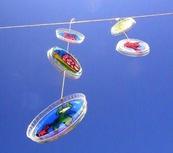 El Hada De Papel yogurt lid mobile  Móvil con tapas de yogurt