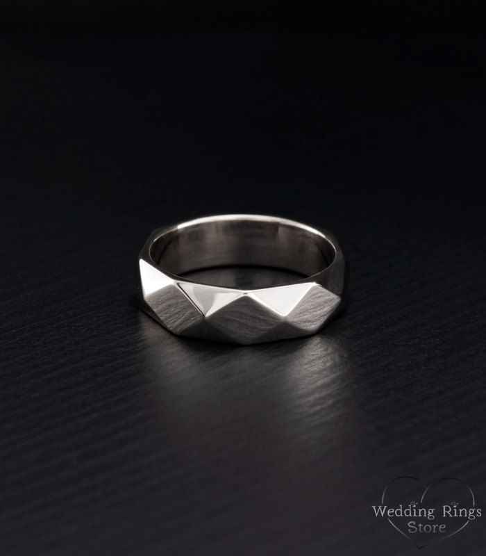 Exclusive Unisex Wedding Band In Sterling Silver With Unique Etsy In 2020 Unusual Wedding Rings Wedding Rings Faceted Wedding Ring
