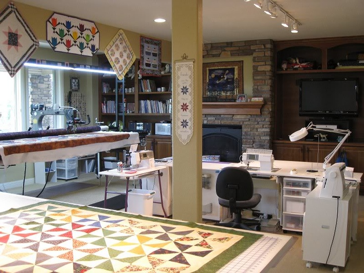 If I won the lottery and I could have any room I wanted for my quilting/sewing crafting room...this would be the one!!  I would hand them this picture and say please make it look like this!  lol It would have to be the lottery though since there is no way my disability check would cover this!!!