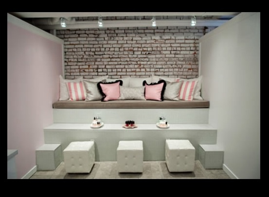 Pedicure area pedicure areas pinterest pedicures and for Banquette salon design