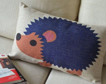 Linen cotton/Pillow cover/Throw pillow/pillow case/decorative pillow/cushion cover/cushion case/pillow/cushion//Hedgehog Animal