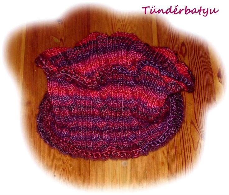 knit circle scarf https://www.facebook.com/tunderbatyu