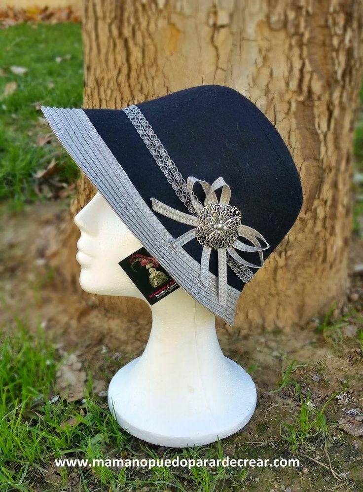www.mamanopuedoparardecrear.com T. 628 532 319 Una mujer, un sombrero, una foto, un Diseño. LLegan los Reyes Magos, queda poquito, y me han encargado la realización de este Sombrero para sorprender a una mujer.  Así que con una foto ...a realizar un Diseño, y este es el resultado.