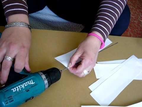 Способ быстрого изготовления газетных трубочек - YouTube