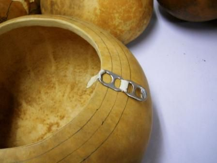 """Creating an even rim with """"pop"""" tabs – Gourd Art Enthusiasts"""