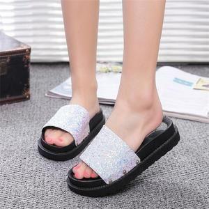 Comfortable Crystal Flip Flop Sandals