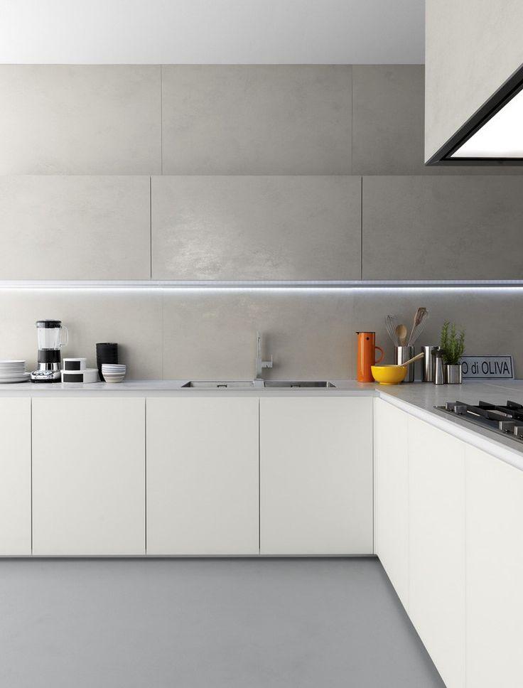 Ceramic #kitchen with peninsula GLASSTONE by @zampiericucine