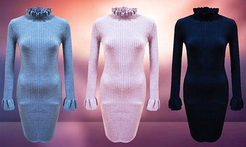 Vă prezentăm o rochie foarte îndrăgită de clienții noștri: Rochie deosebită, confecționată din tricot. La baza mânecii are un mic volan, iar gulerul este înalt și foarte elegant. Se poate achiziționa online în regim en-gros de aici: http://www.adromcollection.ro/442-rochie-angro-din-tricot-4.html