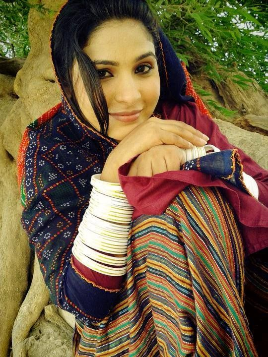 Confirm. Hot sindhi girls pictures right!