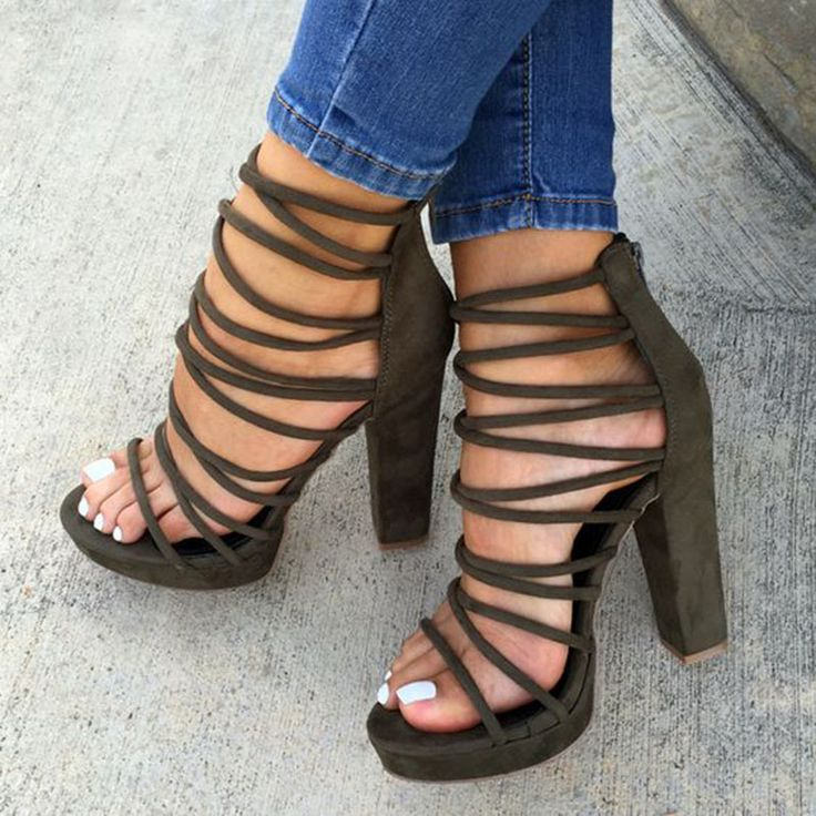 Shoespie Starppy Back Zipped Open Toe Chunky Heel Sandals