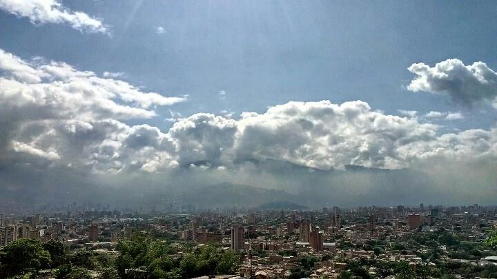 Vista de la mañana de Medellín