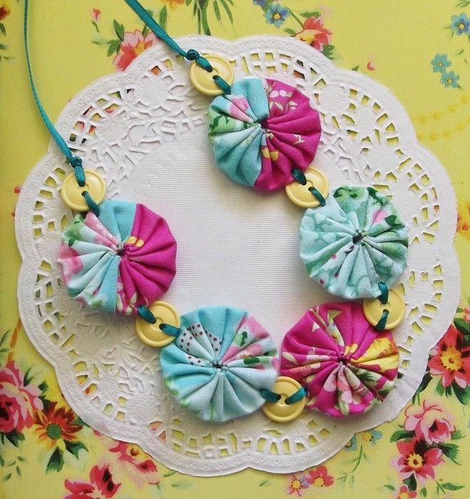 Fabric Yoyo Necklace -