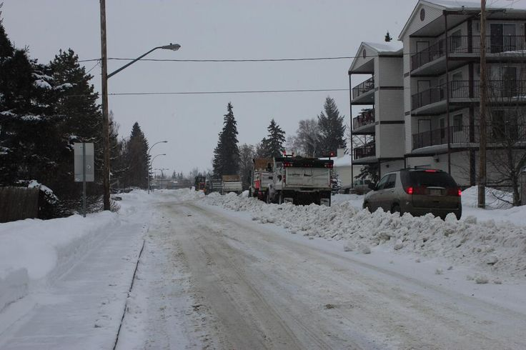 Town of Olds Alberta @TownOfOlds Snow Removal will begin in residential areas. Signage will be posted and dated. Please remove parked vehicles.