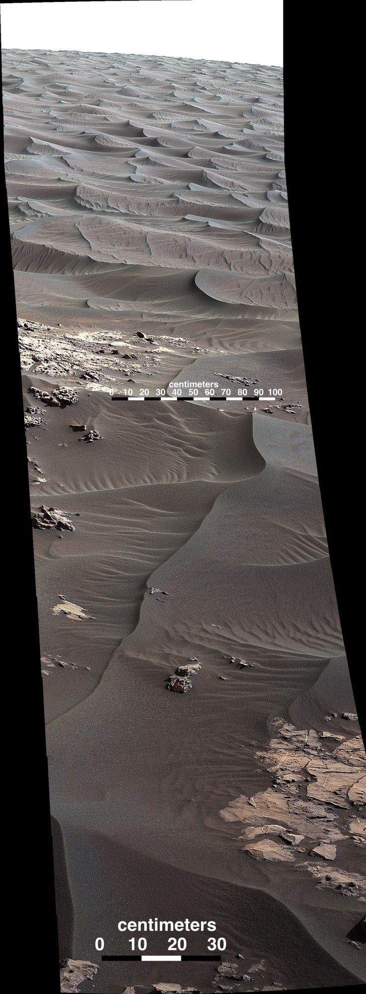 Curiosity Celebrates Christmas at Red Planet Paradise at Namib Dune with 1st Mastcam Self-portrait