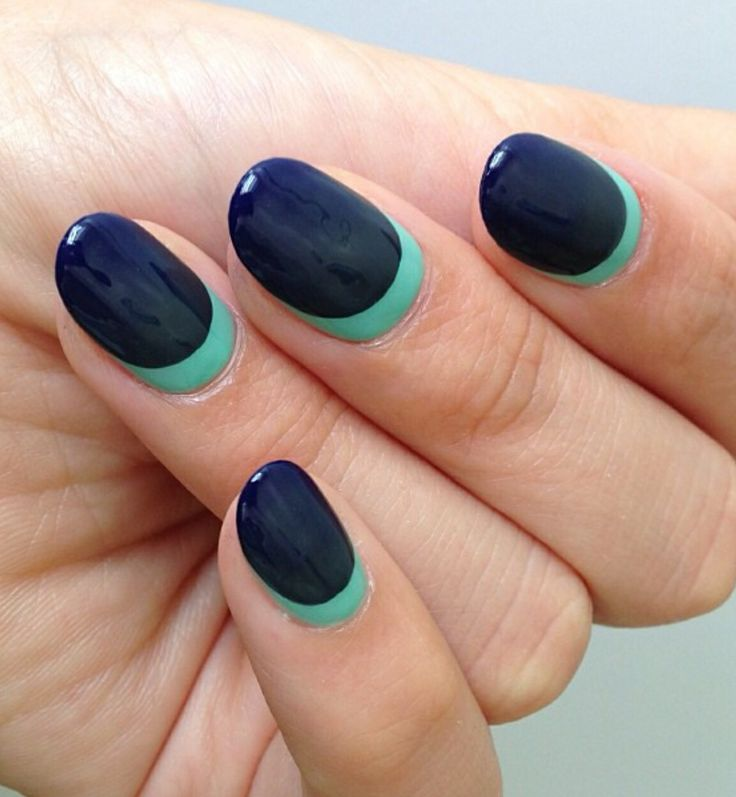 Blue and turquoise nails