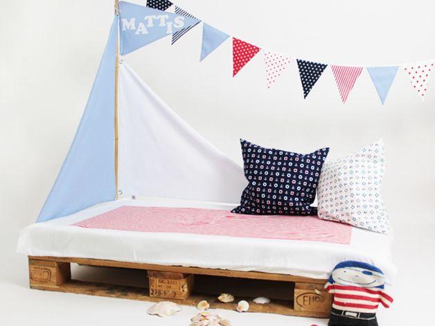 Bettsegel - Segel für Kinderbetten - Pirat von liebesherz auf DaWanda.com