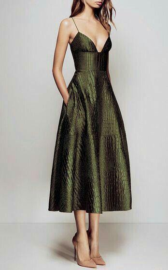 #womensfashion #fashion #style #stylish #fashionista #trending #clarksconsulting #consultant #dress #dresswithpockets
