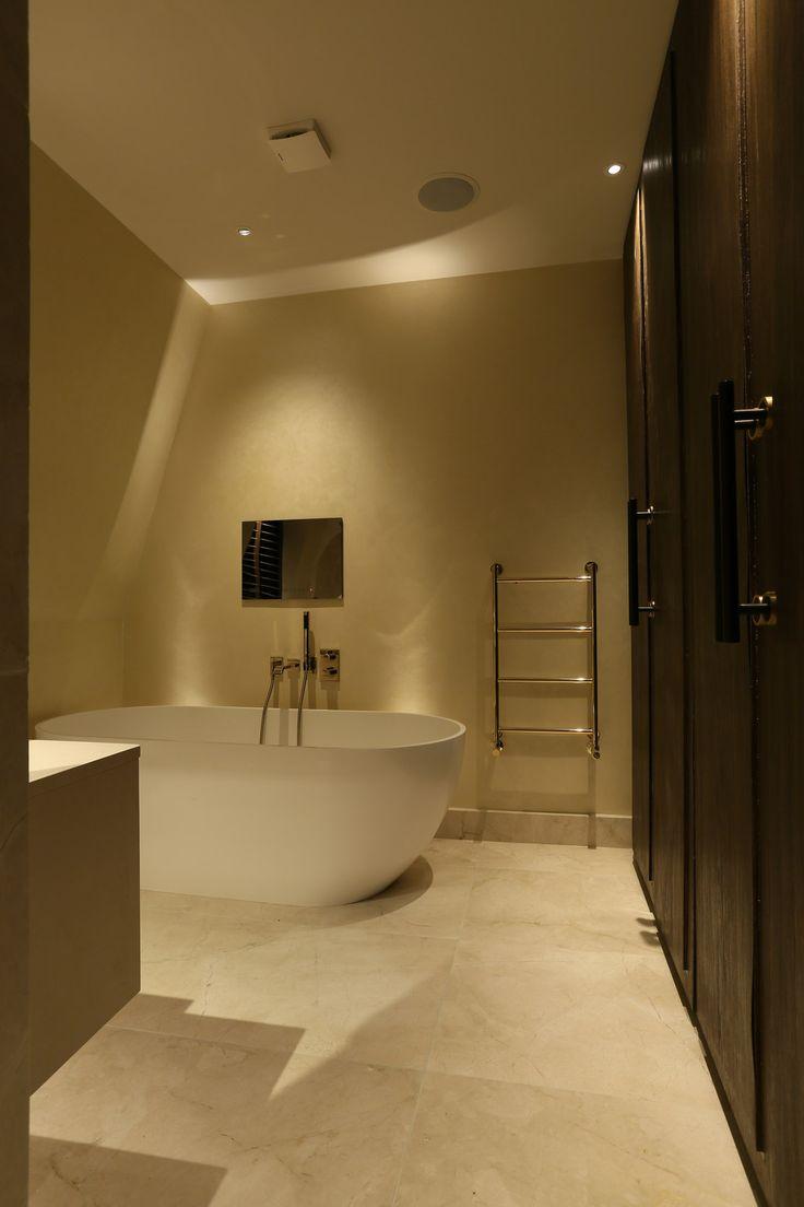 Bathroom Light Fixtures (1)