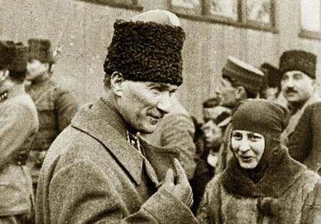 Halide Edip Adıvar ve Mustafa Kemal Atatürk