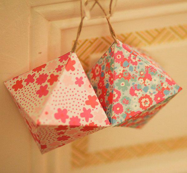 Le papier offre une multitude de possibilité en matière de décoration, un moyen simple et pas cher de mettre un peu de couleur chez toi.